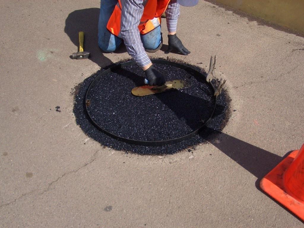 Manhole Lid Leveling